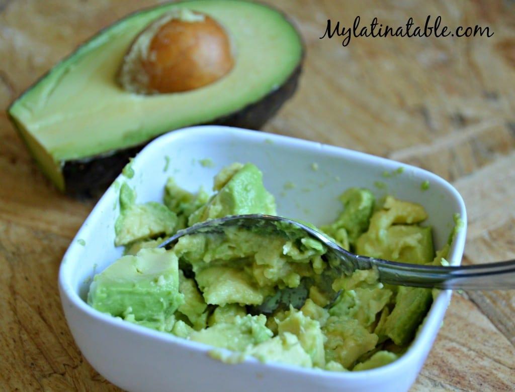 Homemade Mexican Guacamole Recipe - Avocado