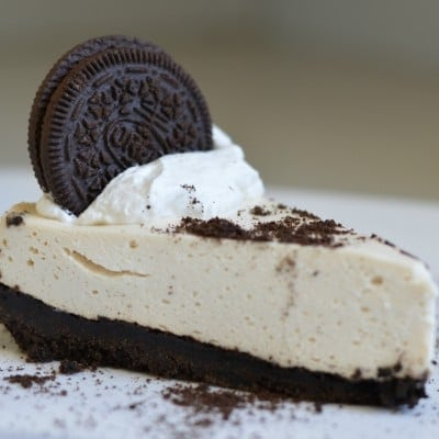 Oreo Cookie Cheesecake (no-bake method)