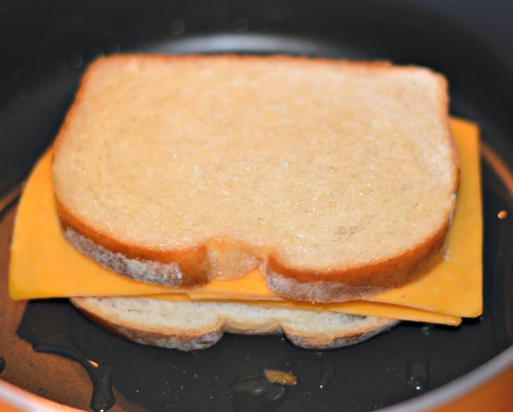 Bacon, Poblano, and Cheddar Grilled Cheese Cooking