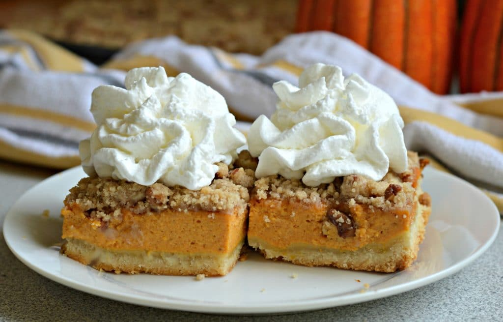 Pumpkin Pie Cheesecake Bars 4