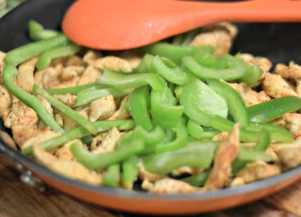 chicken fajita bowls 4