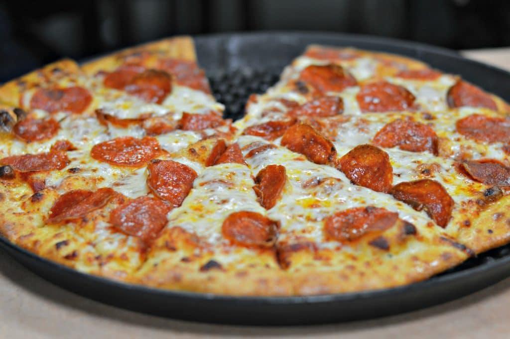 Chuck E Cheese's Pizza